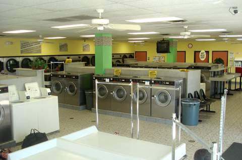 Orange Avenue location. Multiple washers and dryer. Counter space, ceiling fans. Clean and tidy.
